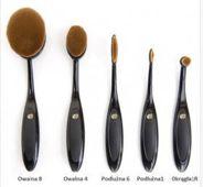 RIO Essential Microfibre Professional Oval Cosmetic Brush Collection Zestaw szczotek do makijażu